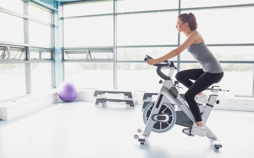 How to Exercise on a Stationary Bike? Tips & Advice